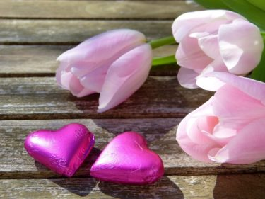 バレンタインの復縁は元彼をキュンとさせれば叶う!告白以上に効くチョコの渡し方やメール&LINEの送り方
