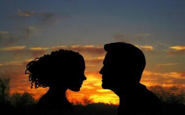 腐れ縁の彼氏や元彼と結婚して幸せになれる?縁を断ち切る決断をすべきケース&幸せな夫婦生活を送れるケース