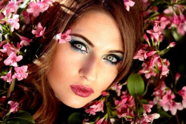 ツインレイ女性の天然の色気はすごい!幼い雰囲気ながらも美しいツイン女性の特徴&使命